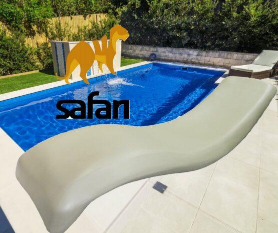Reposera Rotomoldeada Safari para Piscina 1