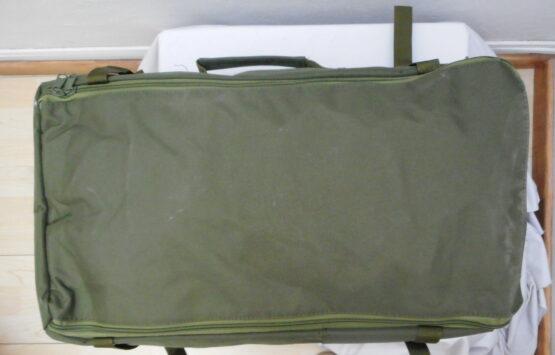 Mochila/ bolso 2 en 1. 50 Litros. En lona militar muy resistente. 6