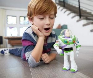 Figura Buzz Lightyear Movimientos Reales Toy Story 4 13