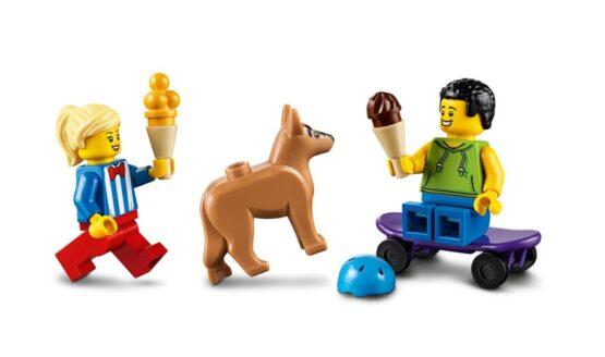 Camion de los Helados Lego City 4
