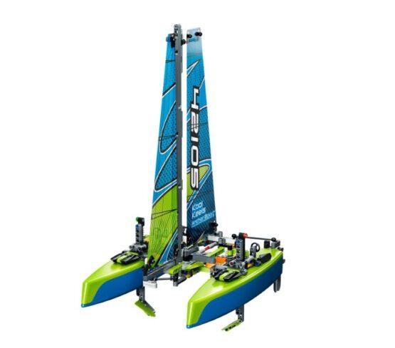 Lego Technic Catamaran 2