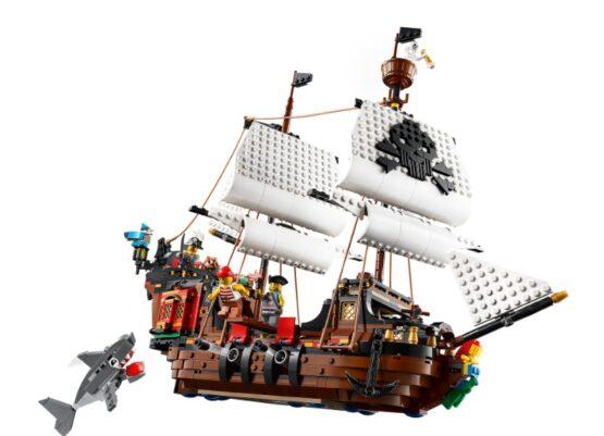 Lego Creator 3 en 1 Barco Pirata 1