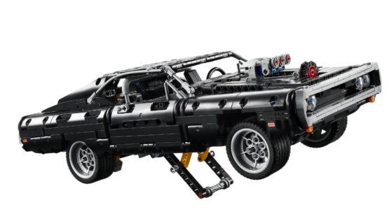 Lego Technic Dom's Dodge Charger Rapidos y Furiosos 4