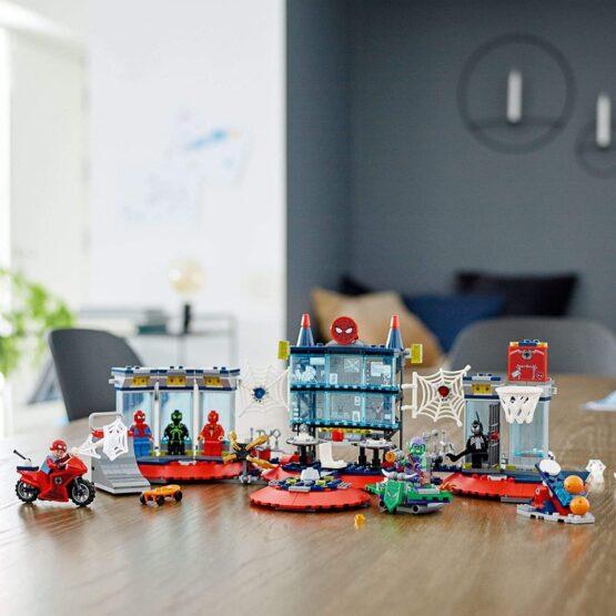 Lego Spiderman Ataque a la Guardia de Arañas 2