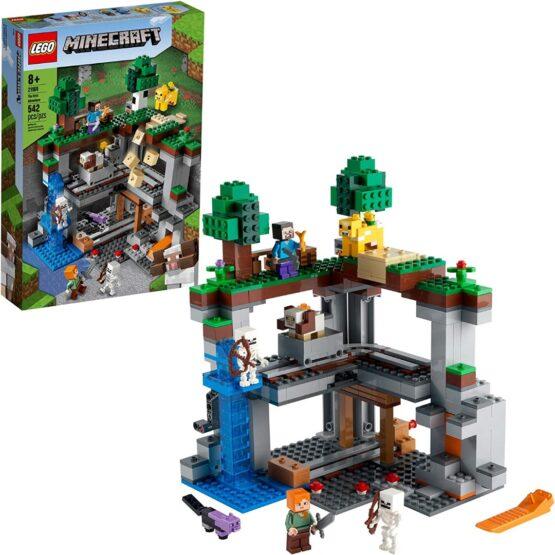 Lego Minecraft The First Adventure 1