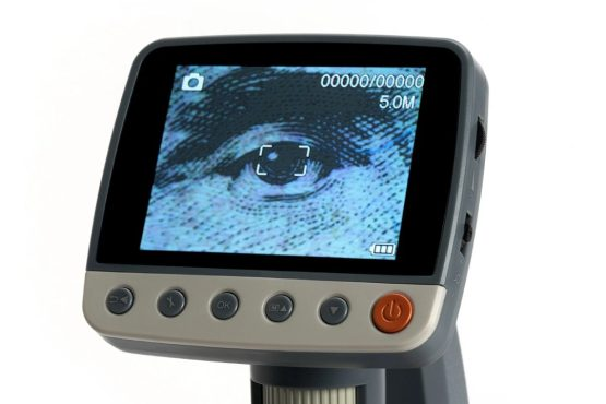 Microscopio Celestron Digital LCD Infinitiview 9